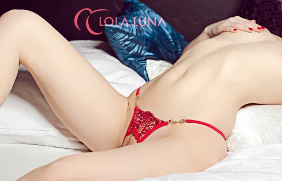 Lola Luna Roxanne Open G string front 3