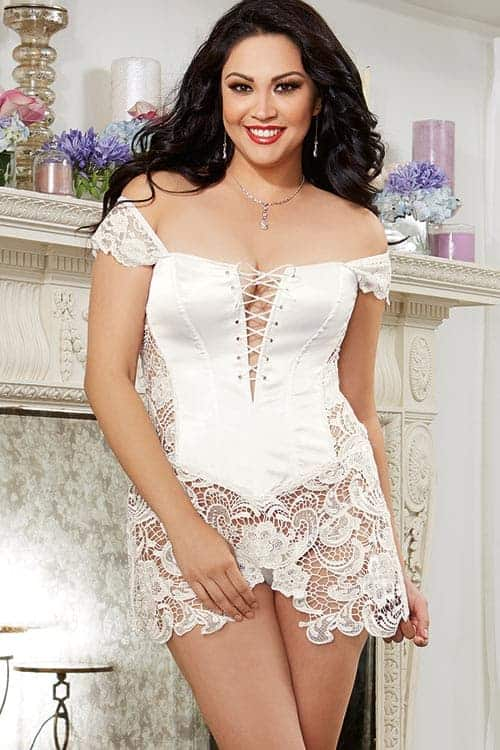 Dreamgirl White Satin Corset with Thong front 2