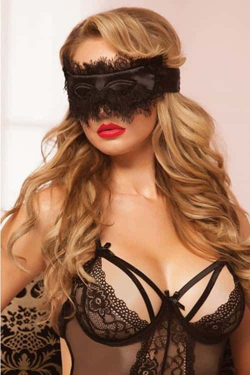 Seven Til Midnight Black Eyelash Blindfold front