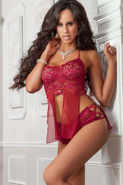 GWorld Raspberry Halter Lace Top and Shorts D1811 RE front
